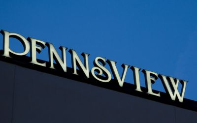 Penn's View Hotel Sign